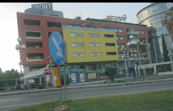 Edificio Marconi dove si Trova il Trony