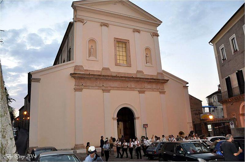 Facciata Chiesa San Francesco d'Assisi Cosenza